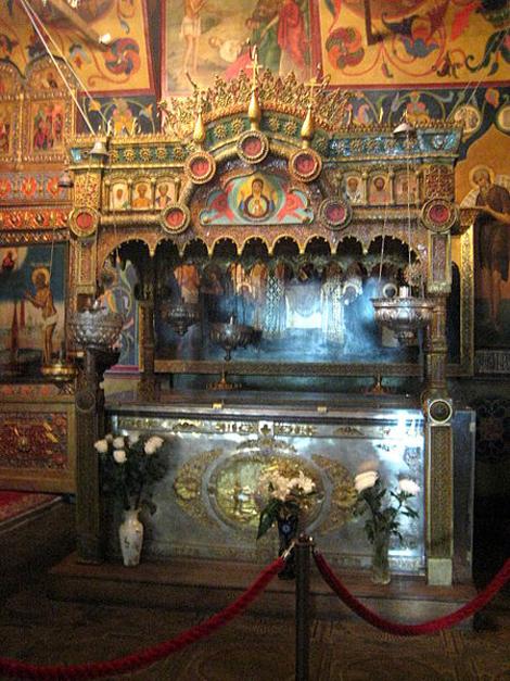 Где находится храм в.блаженного