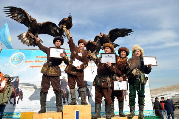 Охота с беркутом, охота с ловчими птицами, соревнования ловчих птиц, беркутчи, охота и рыбалка, охота 2015